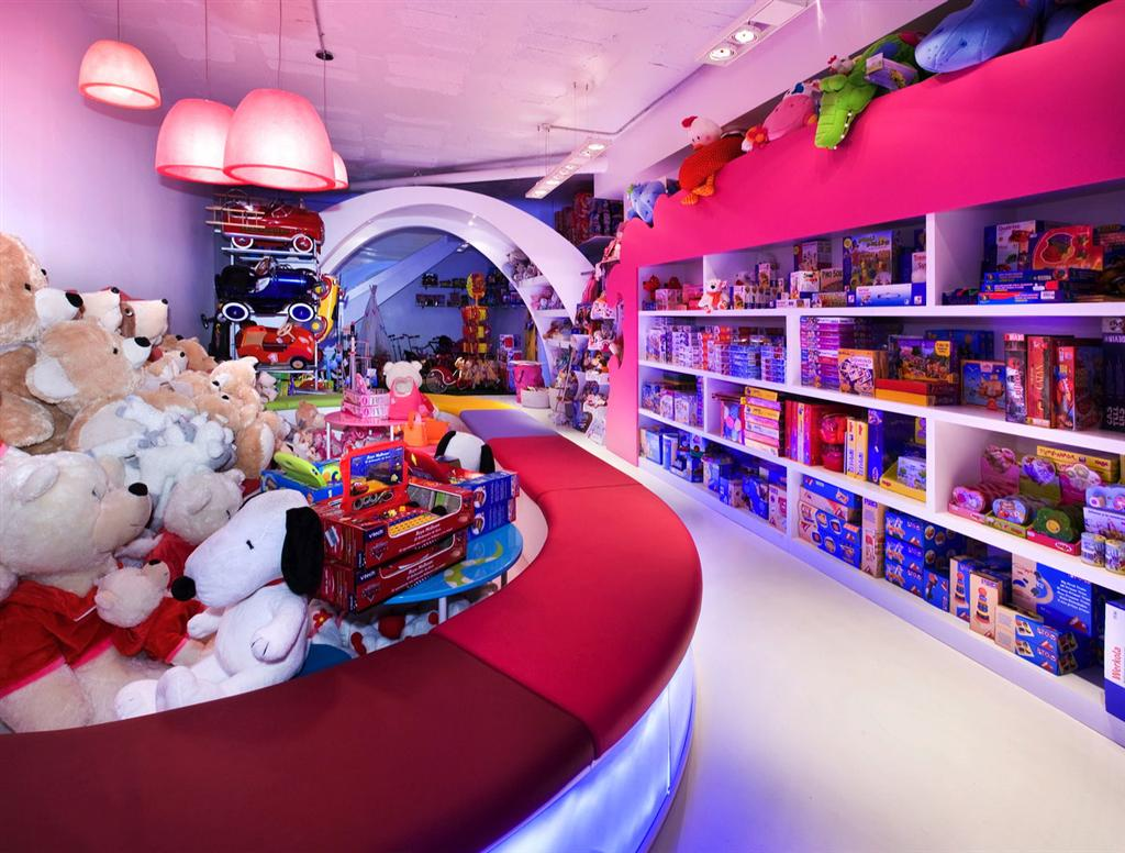 ts point toy store - 700×560