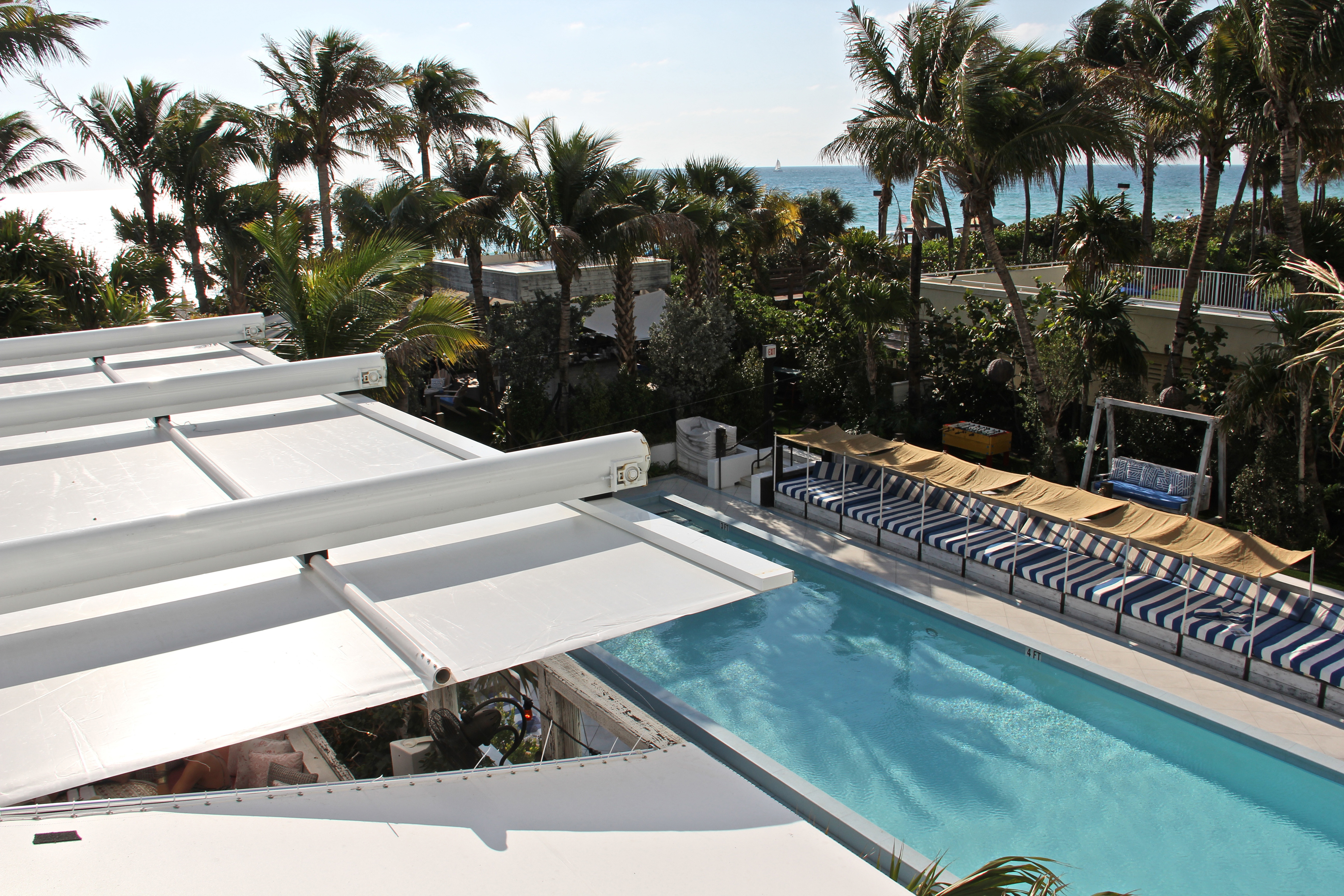 gardens room in florida view ac hotel beach miami travel on miaac collins guestroom avenue hor city mid garden cheap clsc hotels