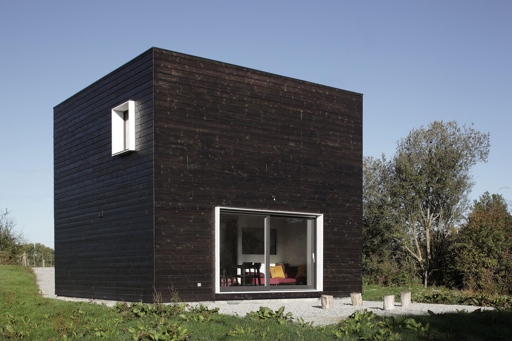 House In Normandy Aldric Beckmann Architects Archello