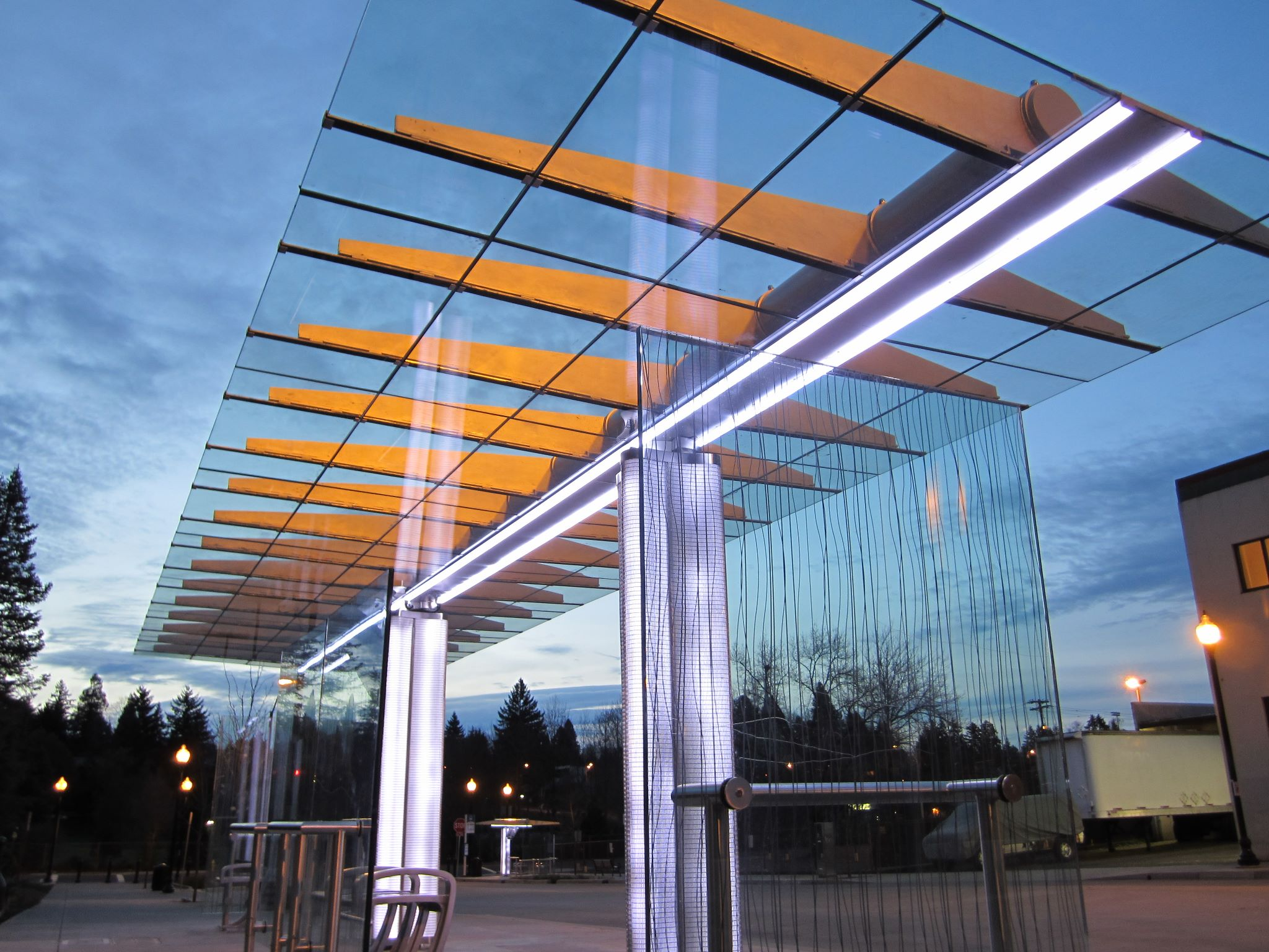 Trimet Led Bus Stop Shelter By Brasco International Archello