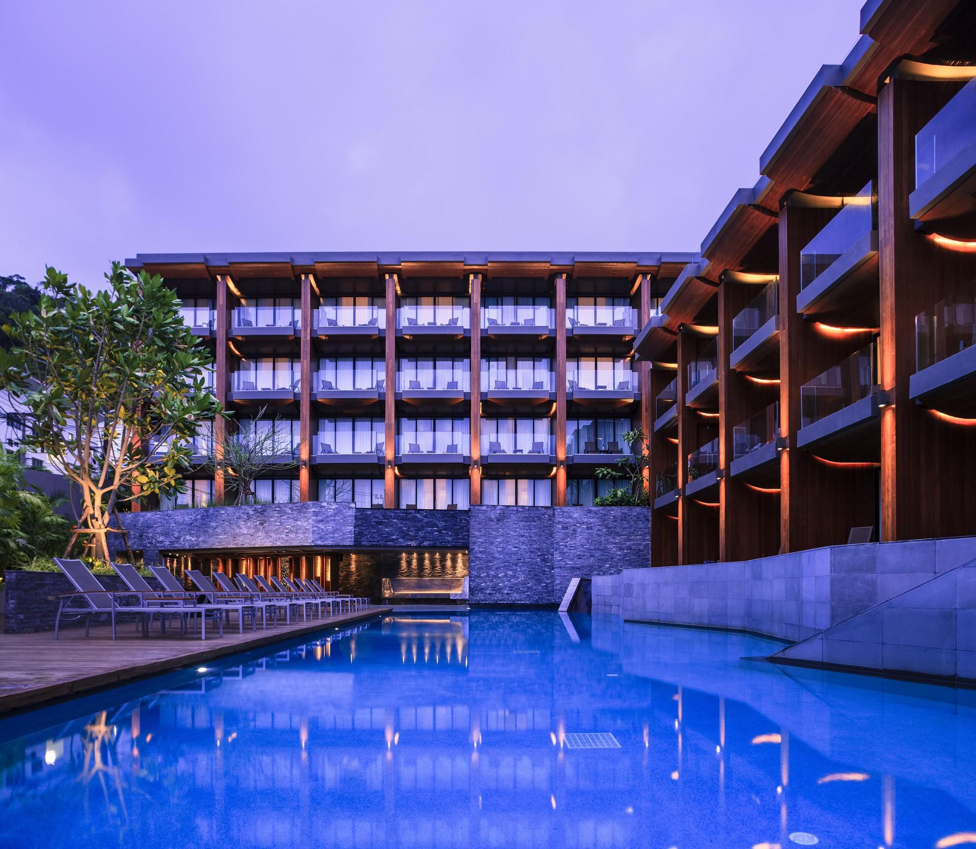KC Grande Resort and Spa Hillside