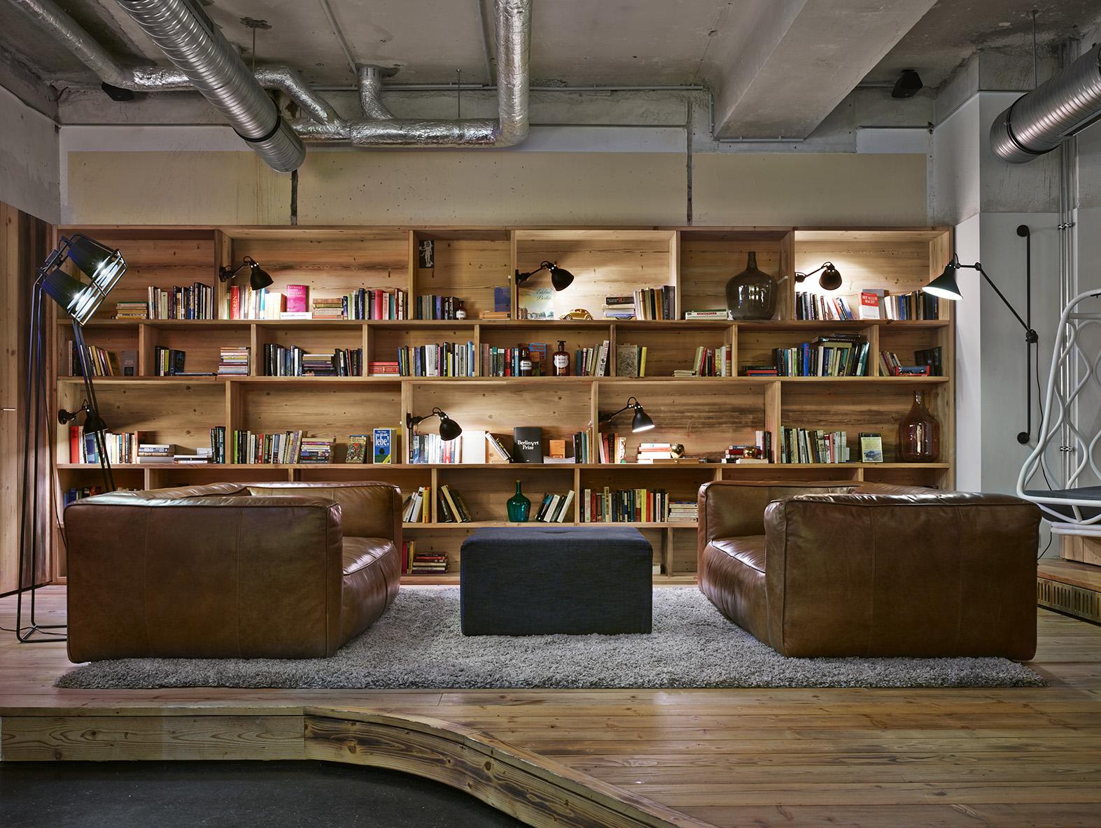 generator berlin mitte designagency waf architekten ester bruzkus architects archello. Black Bedroom Furniture Sets. Home Design Ideas