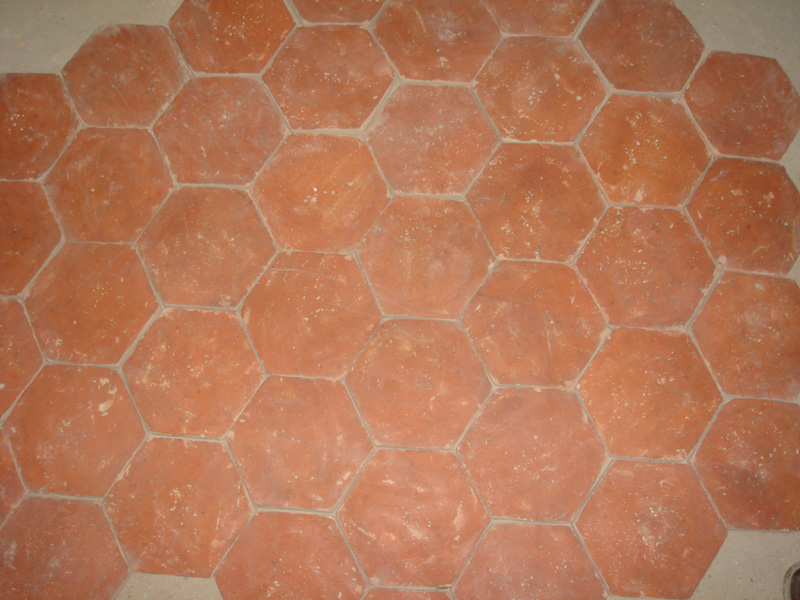 100 handmade terracotta tiles china zenger stone archello for Carrelage style tomette