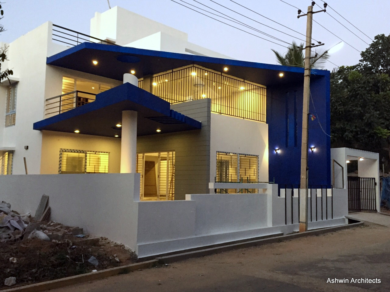 Mala 39 s 50 x 80 ft bungalow in india by ashwin architects - Home design plans with photos in india ...