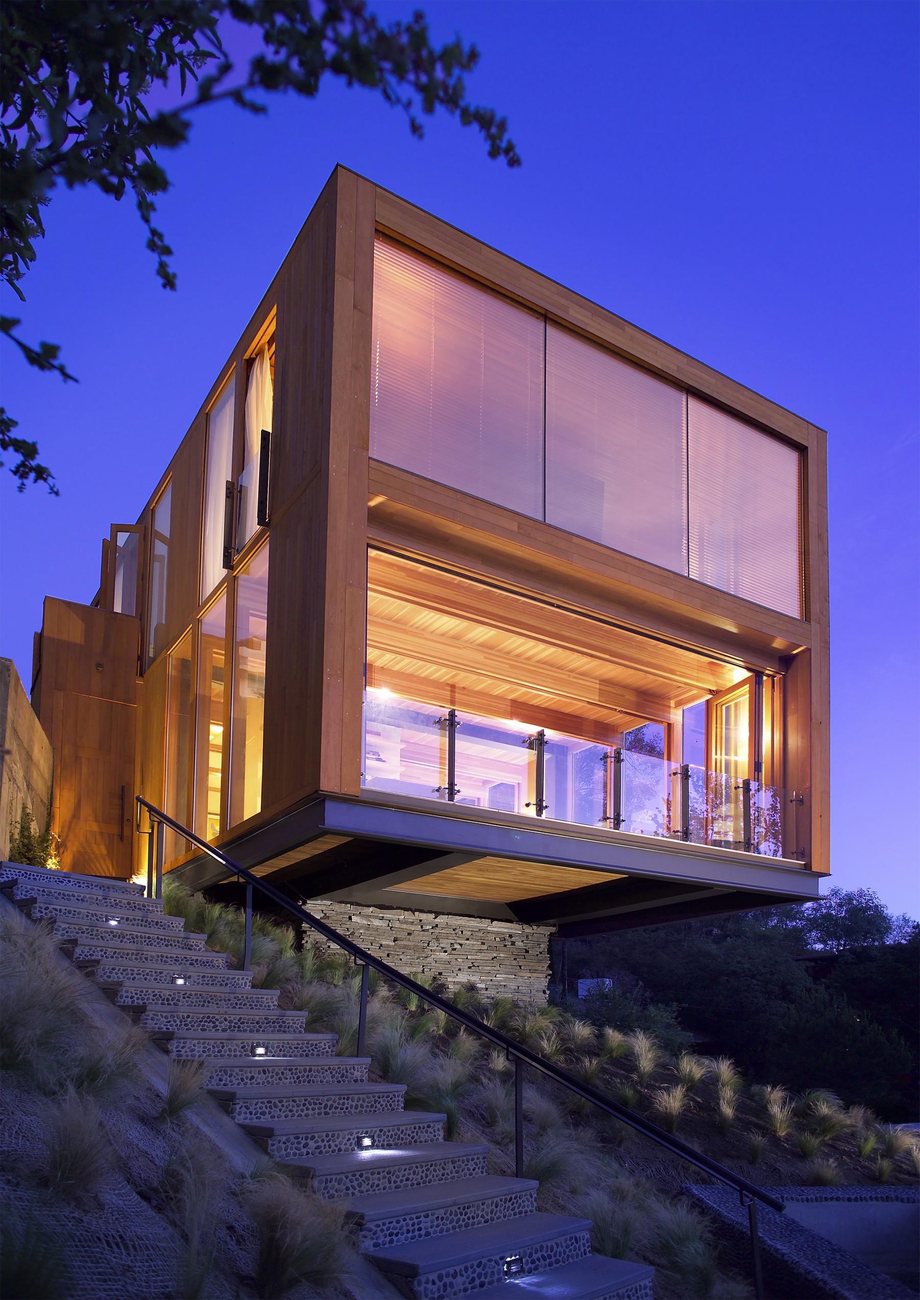 The Hollywood HIlls Box House | æ architecture, Inc. | Archello