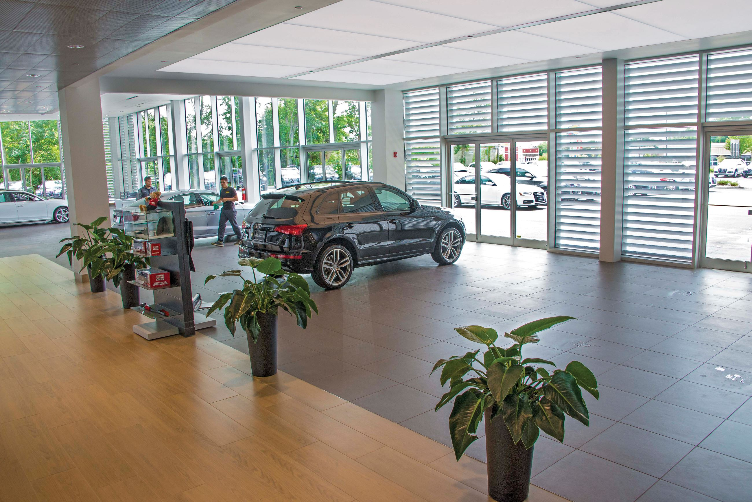 Audi Dealership SEFAR Archello - Audi freehold