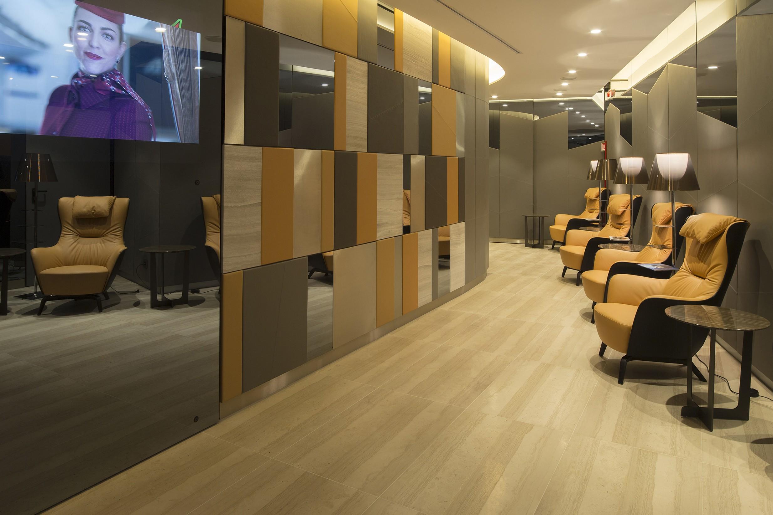 New Casa Alitalia flagship lounges | Poltrona Frau Group Contract ...