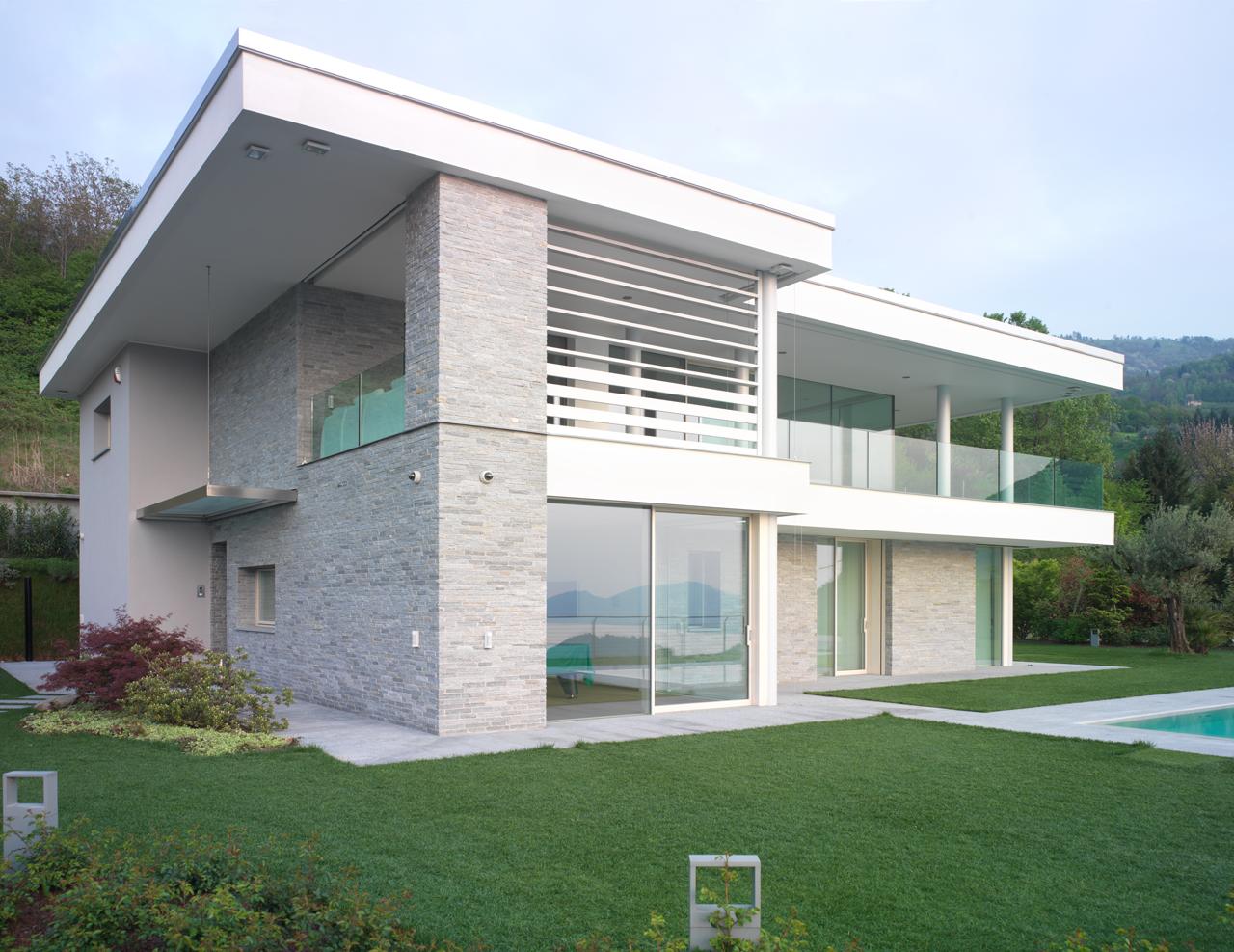 Skyline system minimal frames by carminati serramenti srl for Villa moderna progetto