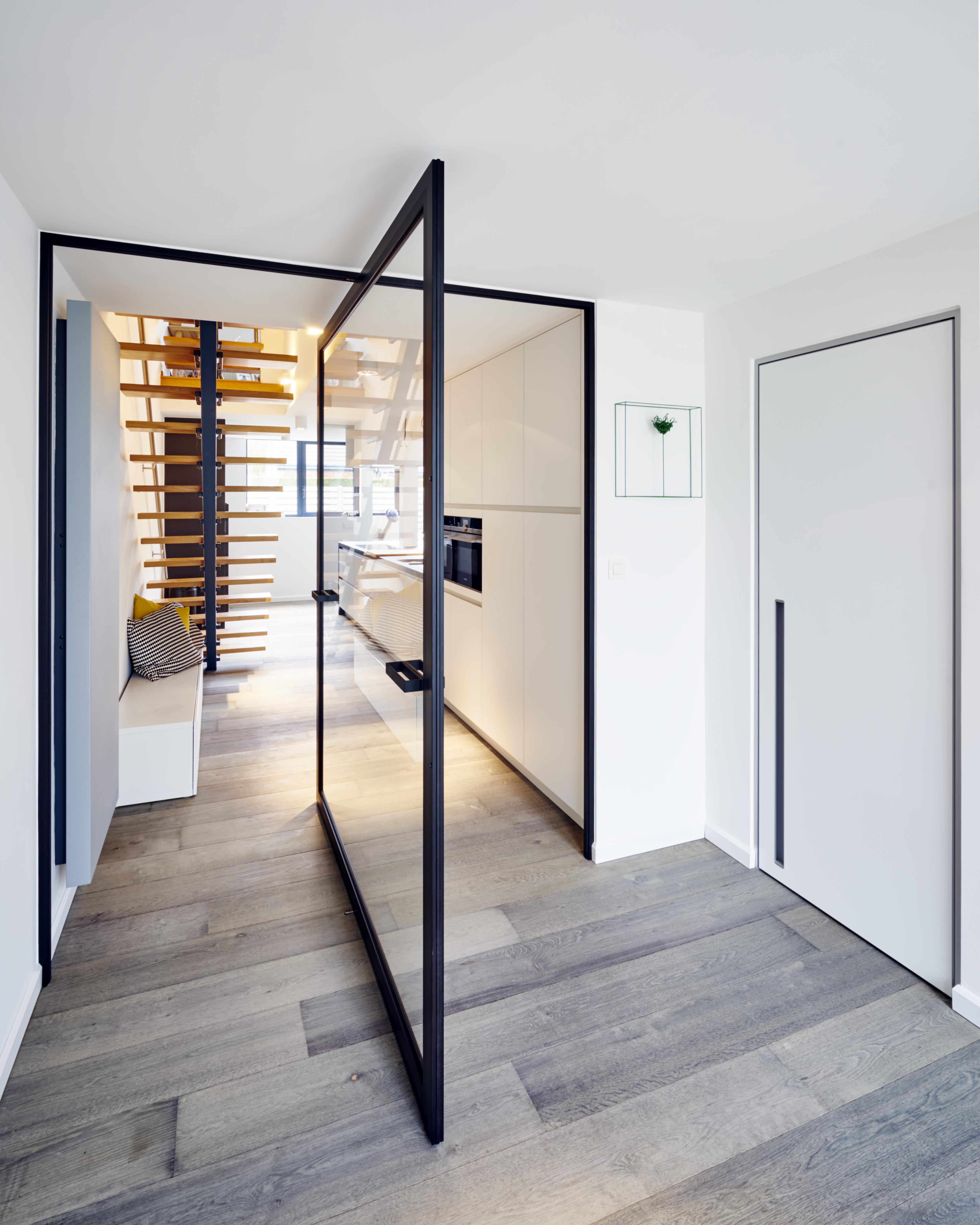 Door Concept AKA Room Divider - Porte pivot