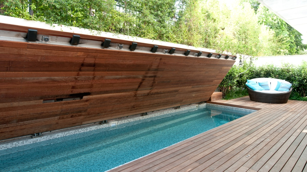 Retractable rigid covers by agor engineering archello - Covering a swimming pool with decking ...