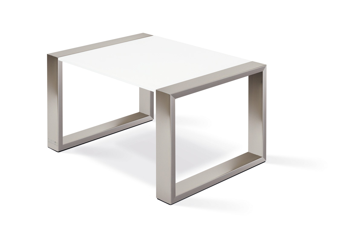 Sidetable Jan Des Bouvrie.Mesita Lounge Coffee Side Table By Fueradentro Archello