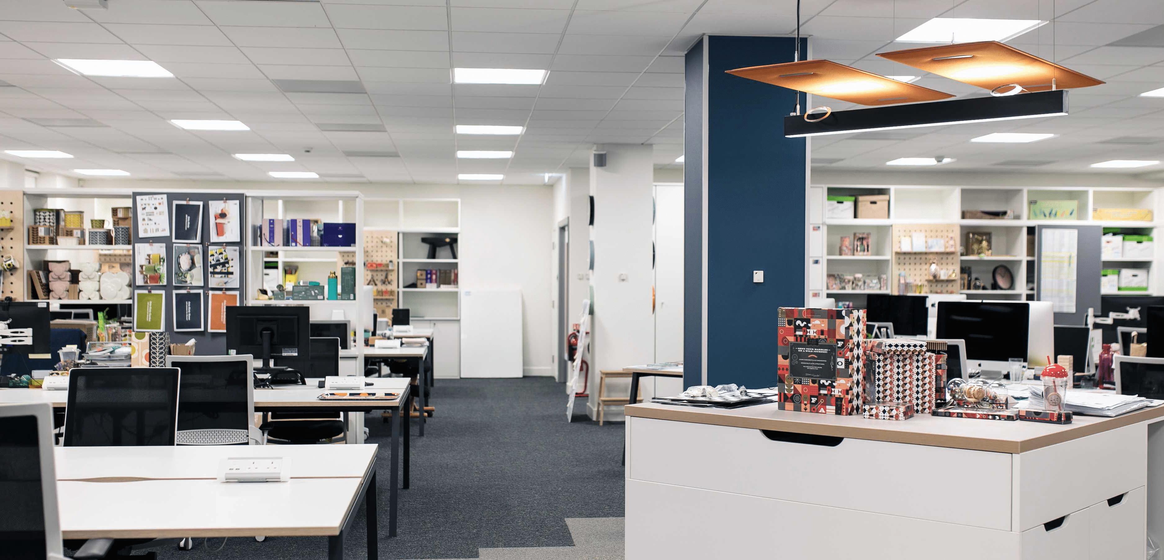 Workspace floor