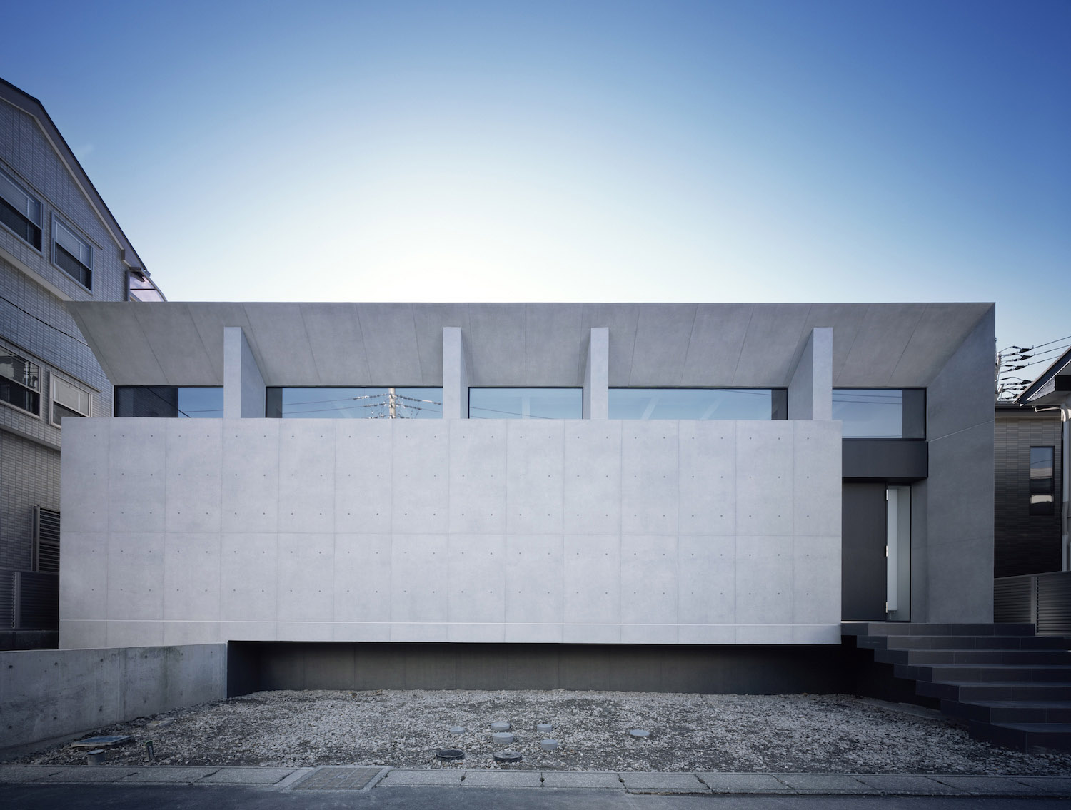 APOLLO Architects and Associates