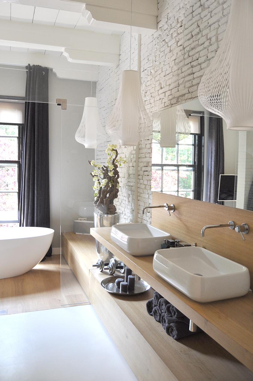 washbasin, by jeroen de nijs bni