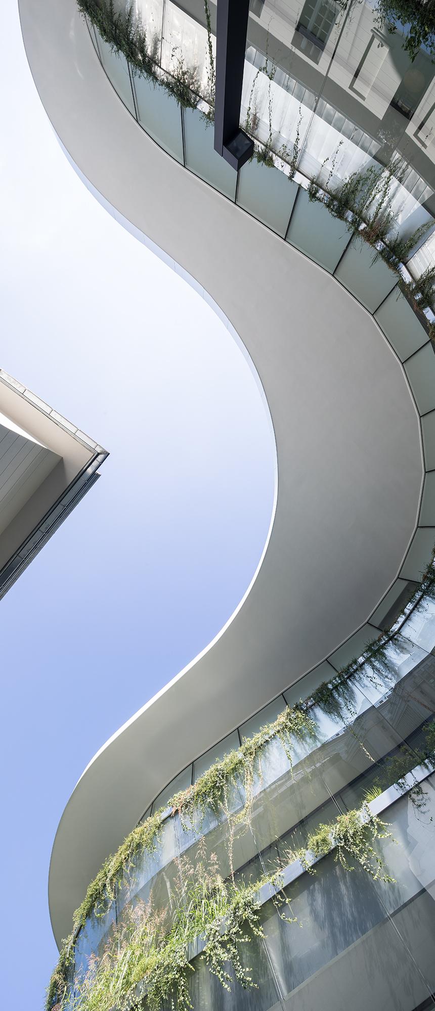 AQUAPANEL® Cement Board SkyLite