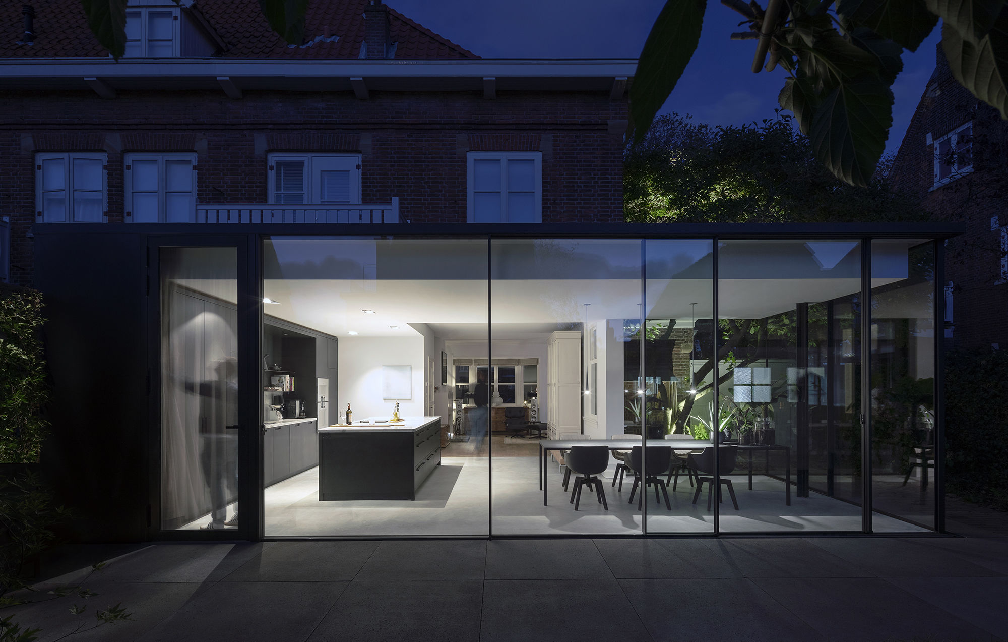 Fig Tree House Bloot Architecture Archello