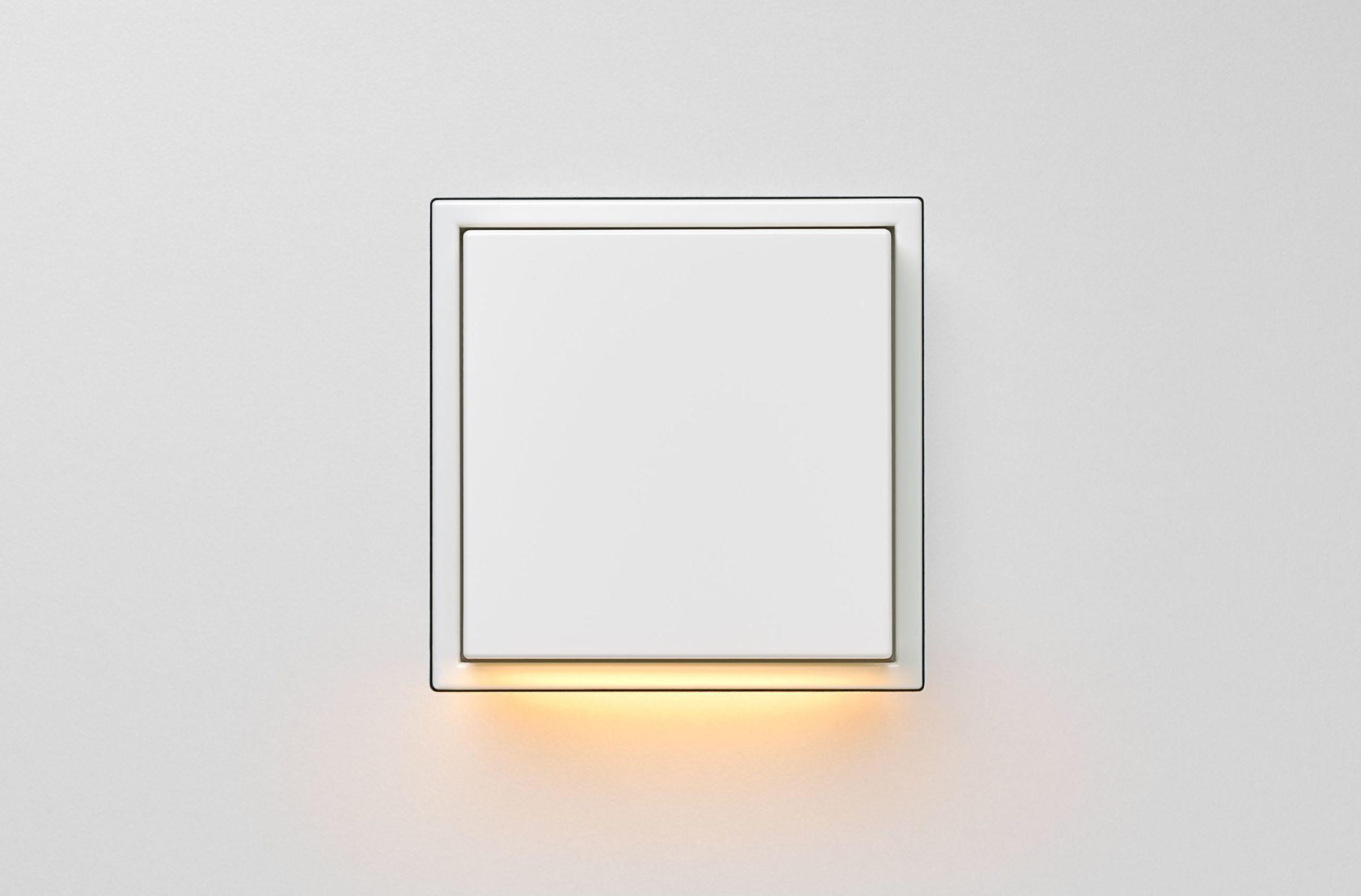 LS Zero LED Wall Luminaire white