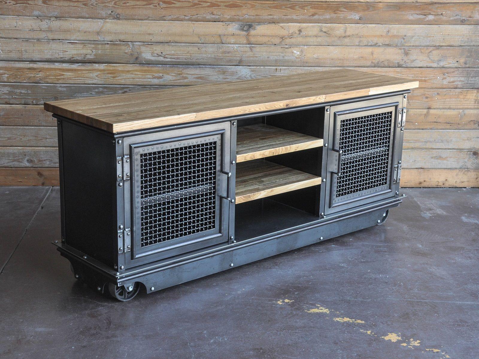 Boxcar Ellis TV / Media Console