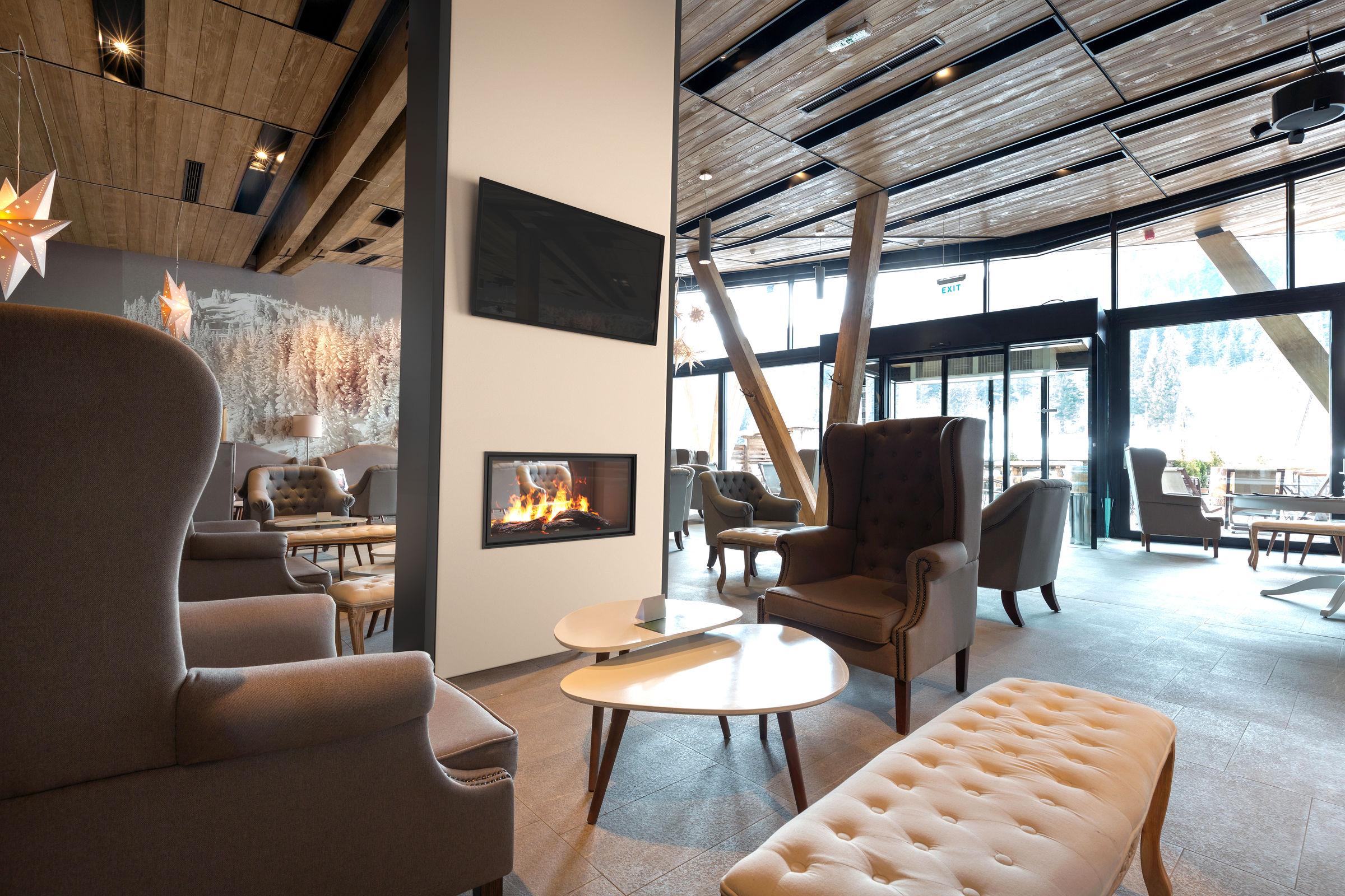 36 Inch See-Thru | Built-In Linear Vapor-Fire Fireplace