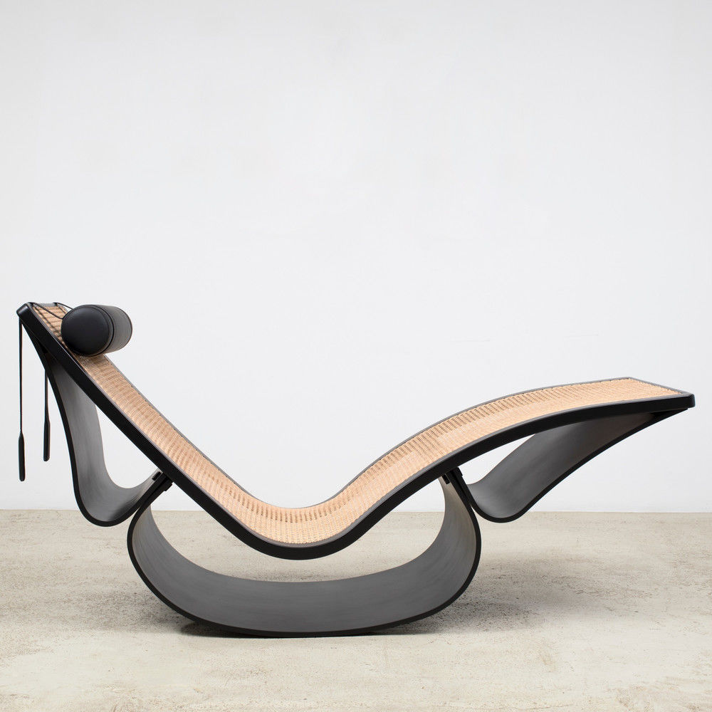 Frank Gehry Chaise Carton 15 defining chairs designedarchitects   archello