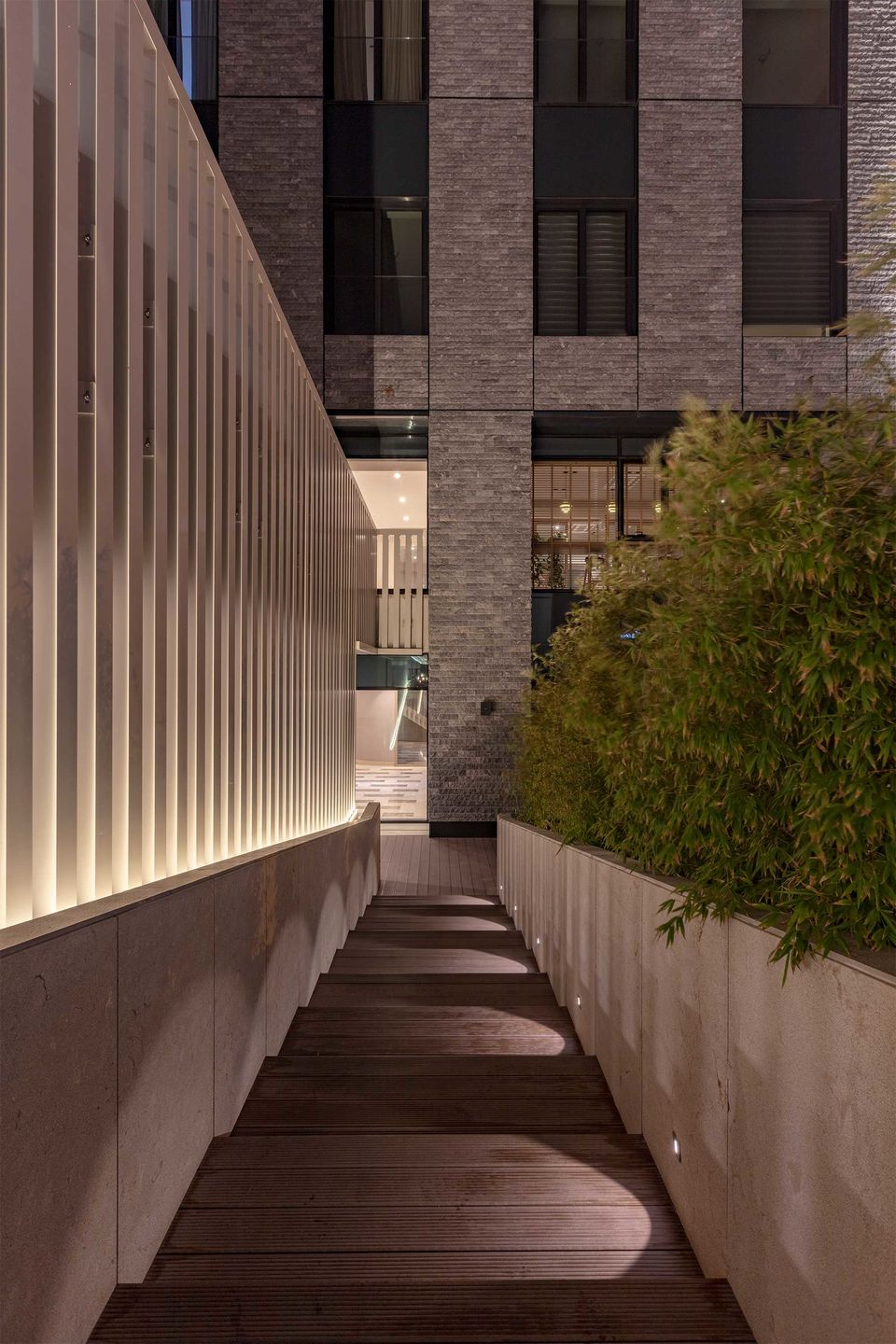 Nurol Life, Istanbul, Turkey. Project by Hakan Kiran Architecture. Light planning by ZKLD Light Design Studio