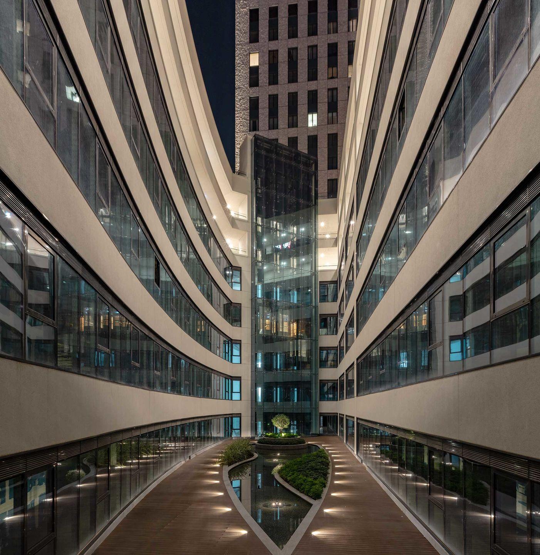 Nurol Life, Istanbul, Turkey. Project by Hakan Kiran Architecture. Light planning by ZKLD Light Design Studio