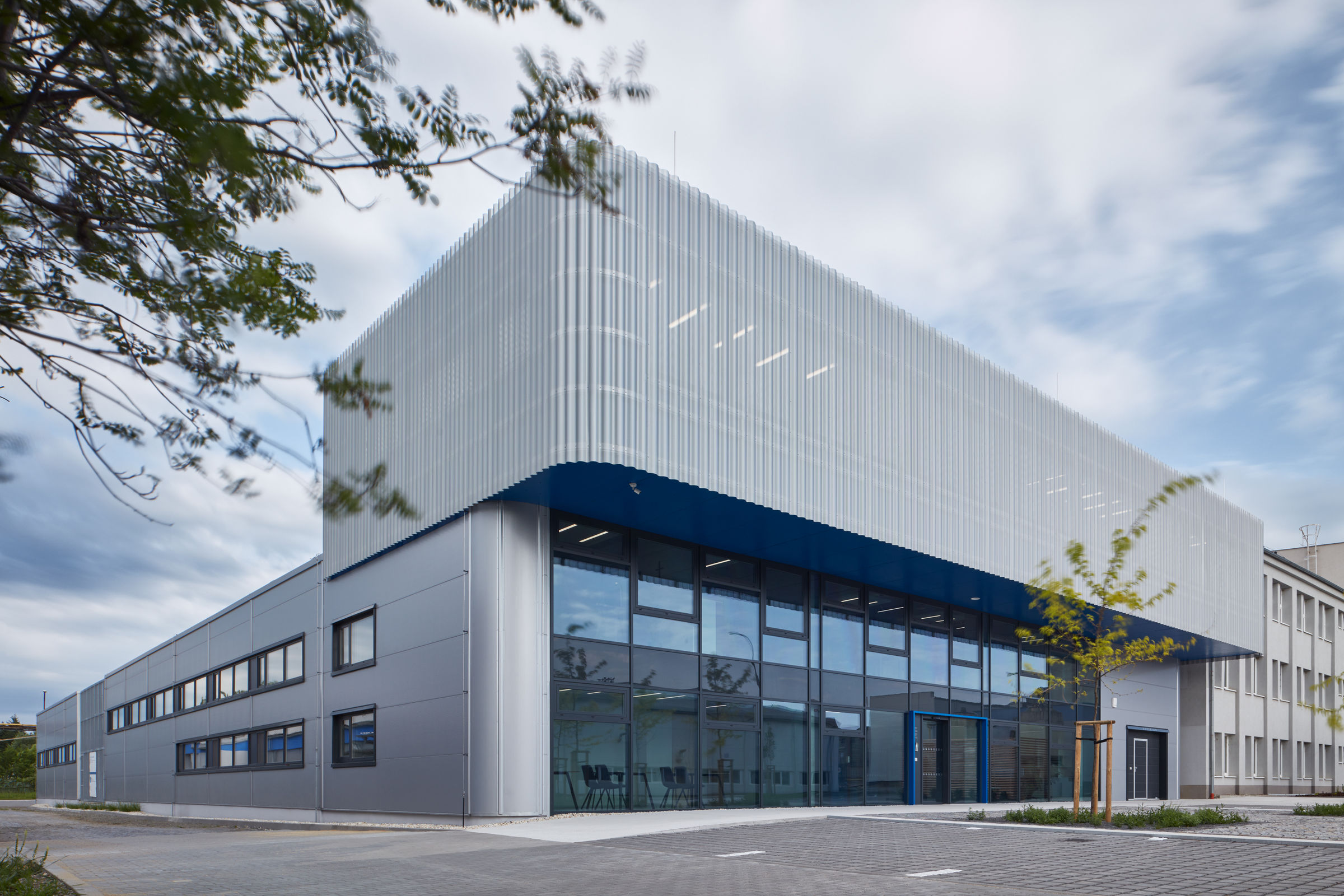 Pilana Karbid Company Building | ellement architects | Archello