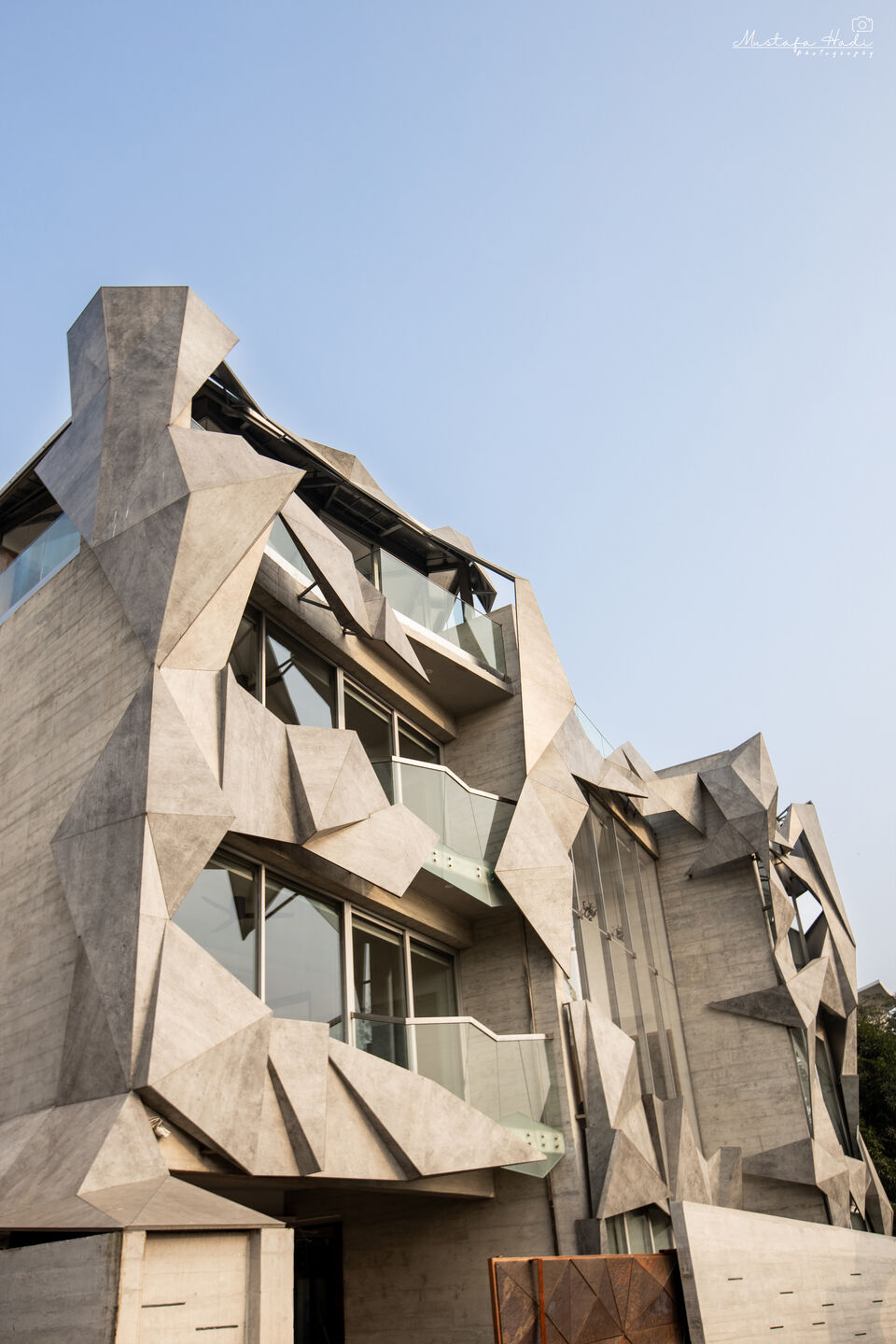 An experiment in symbiotic Architecture