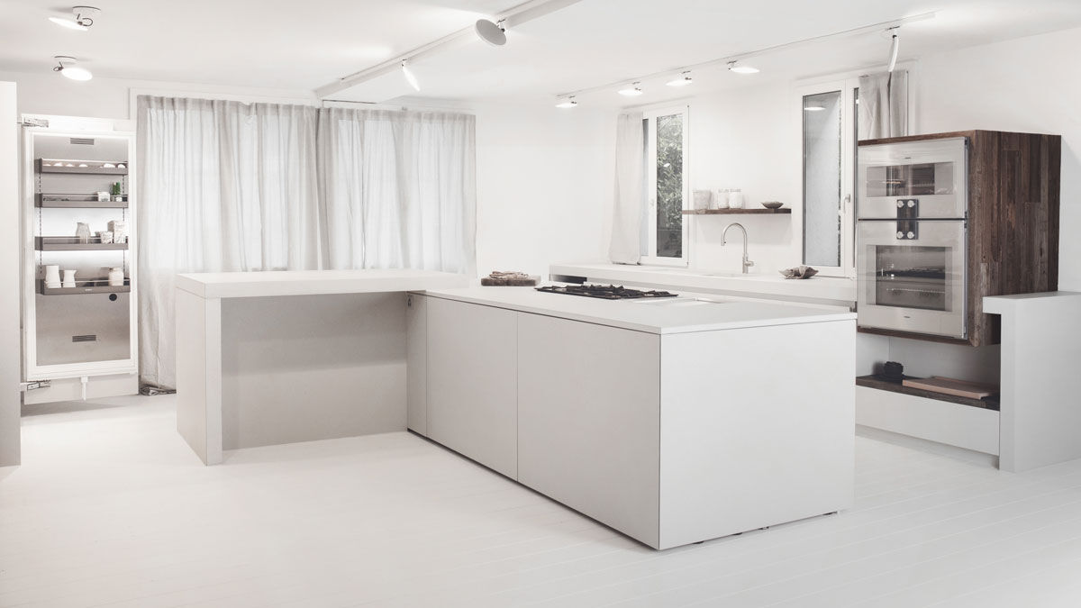 Cooking environment made of bright white concrete for the cooking studio in Zurich