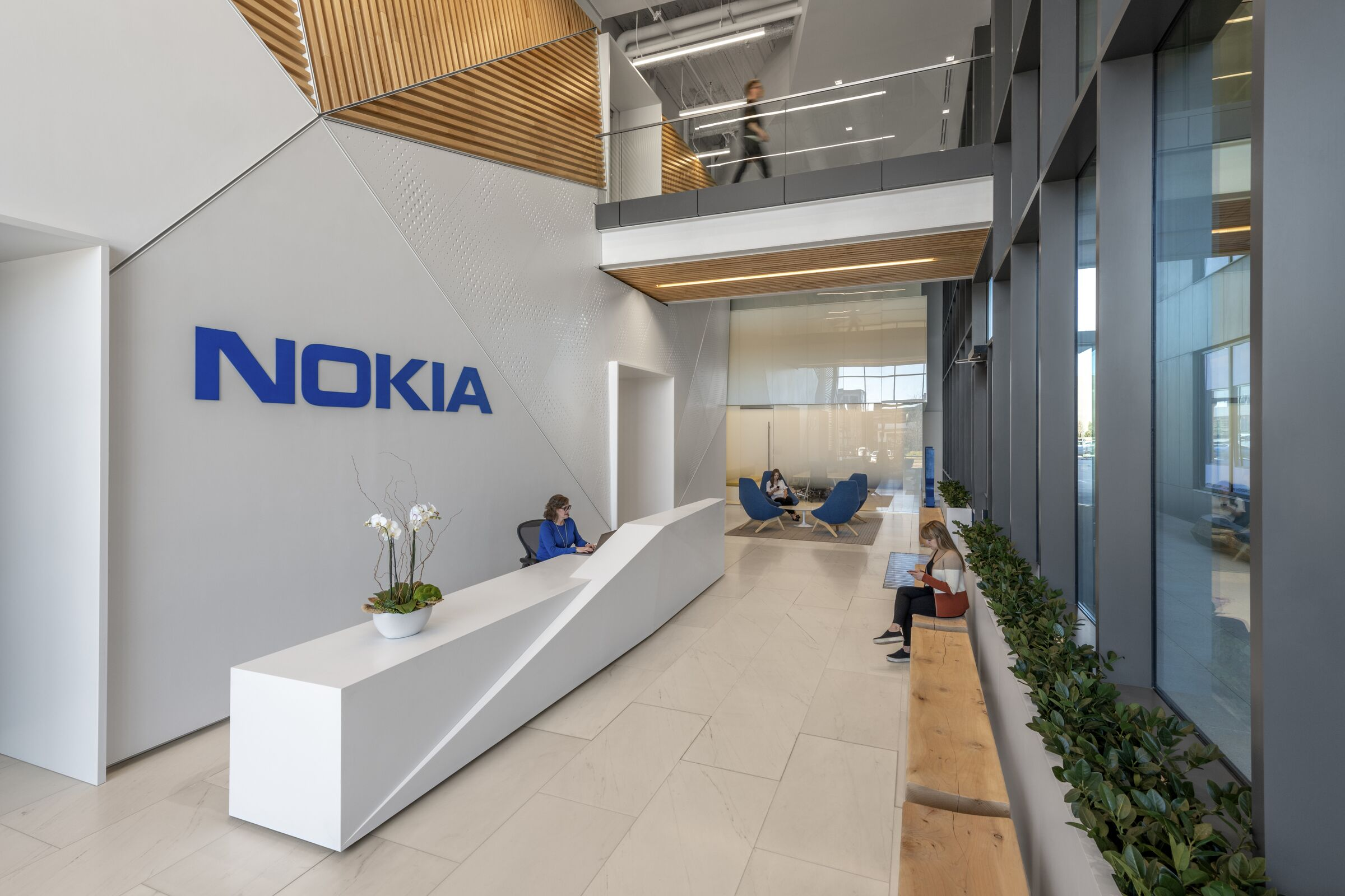 Nokia (NOK) Stock Finally Gets Out of Flat Moves